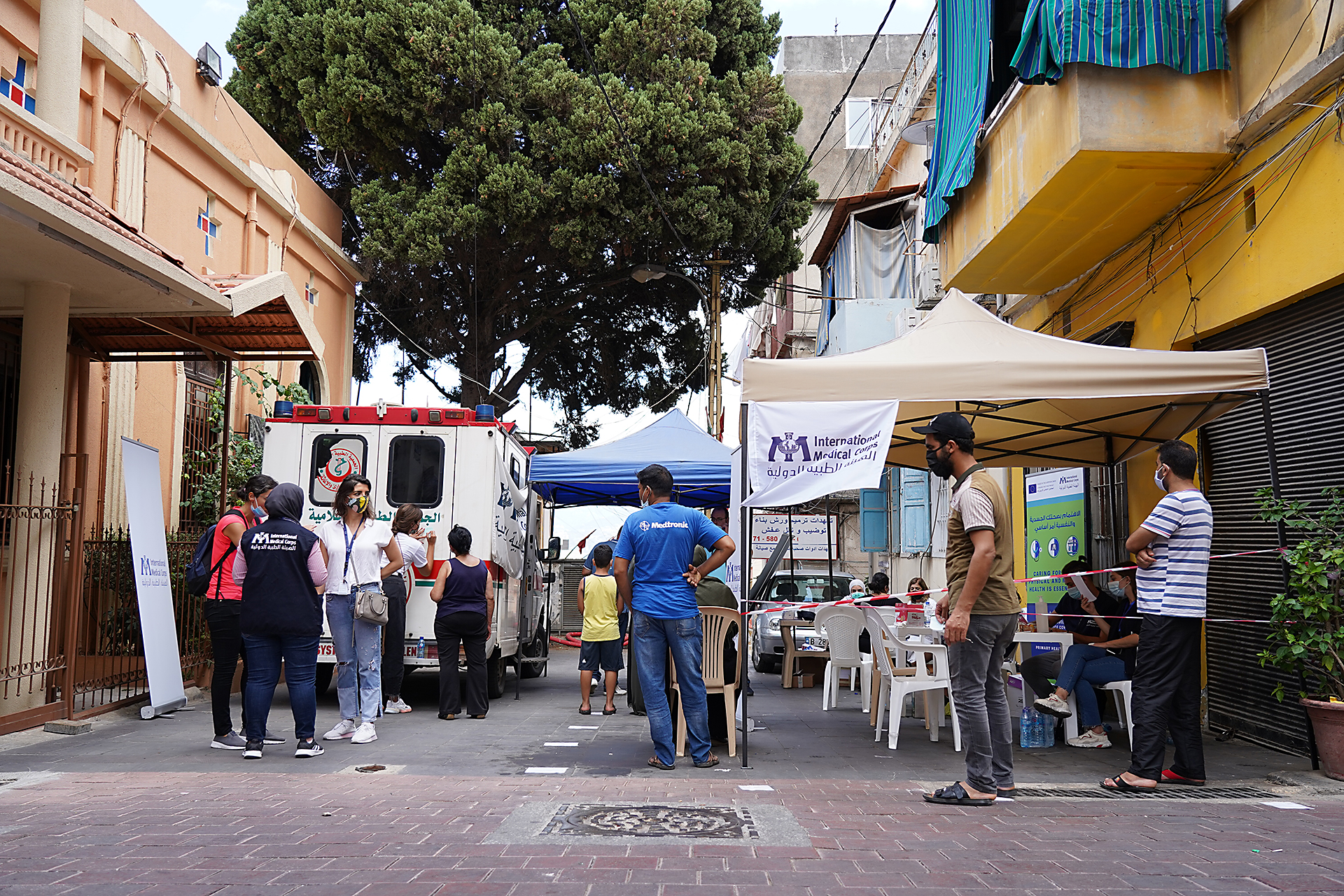 On August 9 and 10, International Medical Corps deployed a Mobile Medical Unit and a Mental Health Unit to Karm El Zaytoun, a neighborhood damaged by the port explosion in Beirut. The mobile units offer primary healthcare and psychological first-aid services to those affected by the disaster.