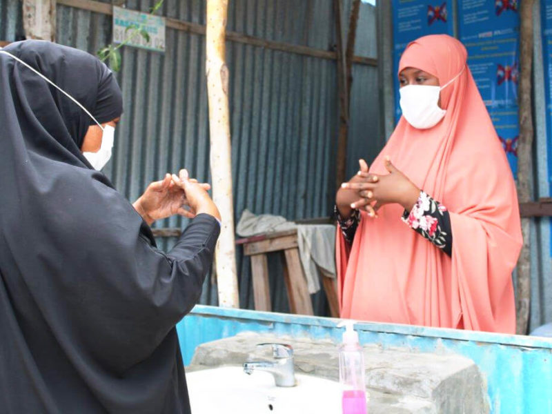 Naima, Community Health Worker in Mogadishu during a hygiene training session