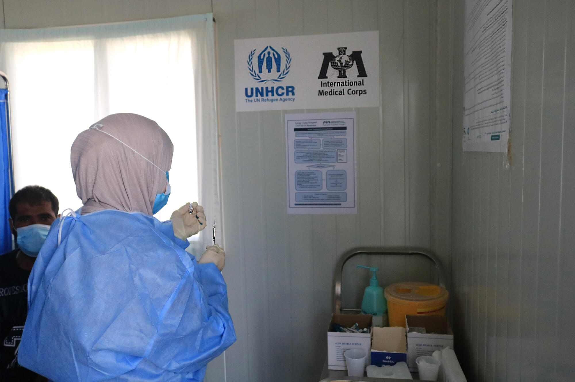 At Azraq refugee camp in Jordan, we're helping the Ministry of Health in its vaccination efforts.