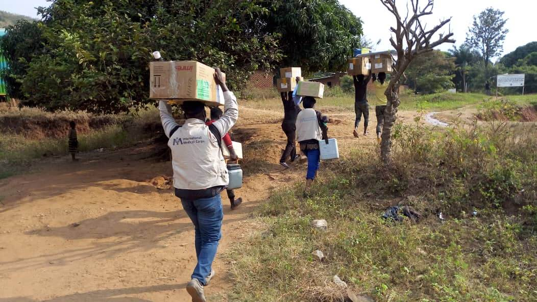 Delivering lifesaving medical supplies to the Nemba Health Center and the Makabola Health Center.